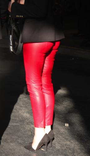 Rote Lederhose - Modepilot.de