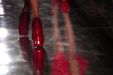 alexandre vauthier women in red modepilot. Black Bedroom Furniture Sets. Home Design Ideas