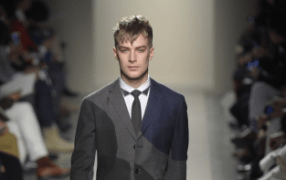 Bottega Veneta: two tones, two materials
