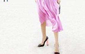 Streetstyle: pinker Faltenrock