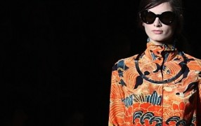 Paris: Dries van Noten musterstark