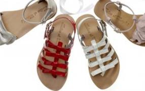 Babyoffice goes shopping: Mädchenschuhe