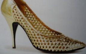 Jeden Tag ein neuer Schuh