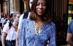Streetstyle: Kleid mit Mustern
