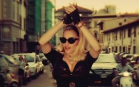 Ihr wollt den gleichen Busen wie Madonna?