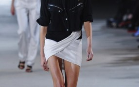 Der Vaccarello Skirt-Check