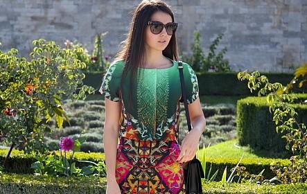Modepilot-Blumenkleid-Paris-Streetstyle-Fashionweek-Mode-Blog