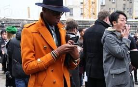 Streetstyle: Orangener Mantel