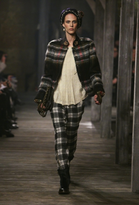 Modepilot-chanel_edinburgh_aw13_001-Mode-Fashion-Arts et Metiers-Mode-Blog