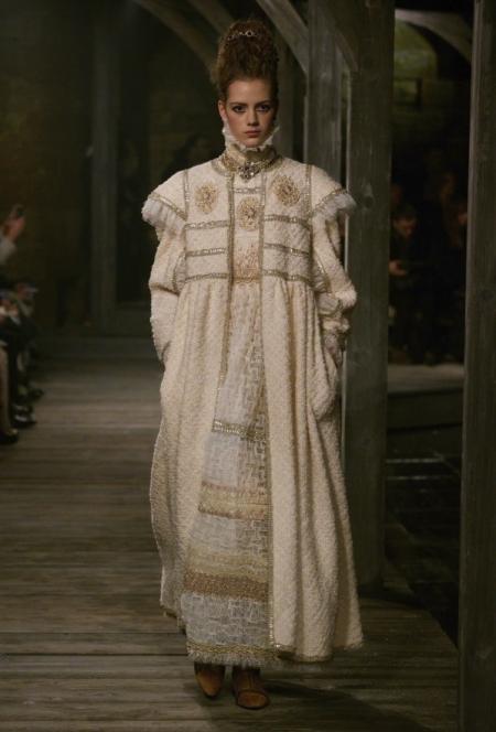 Modepilot-chanel_edinburgh_aw13_001-Mode-Fashion-Arts et Metiers-Mode-Blog