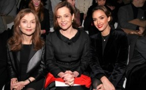 Isabelle Huppert, Sigourney Weaver et Jessica Alba by Saskia