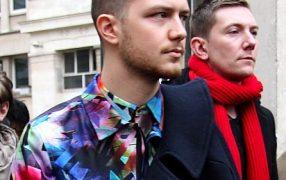 Streetstyle: buntes Herrenshirt etc.