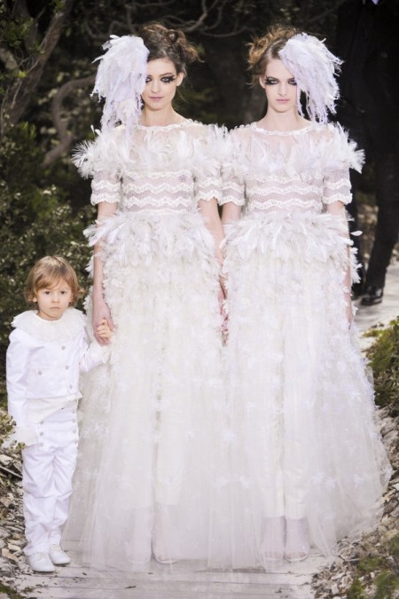 Modepilot-Bräute-chanel_css13_0202-Haute Couture-Gesetz Homosexuelle Paare-Fashion-Blog