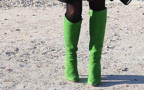 Streetstyle: grüne Stiefel