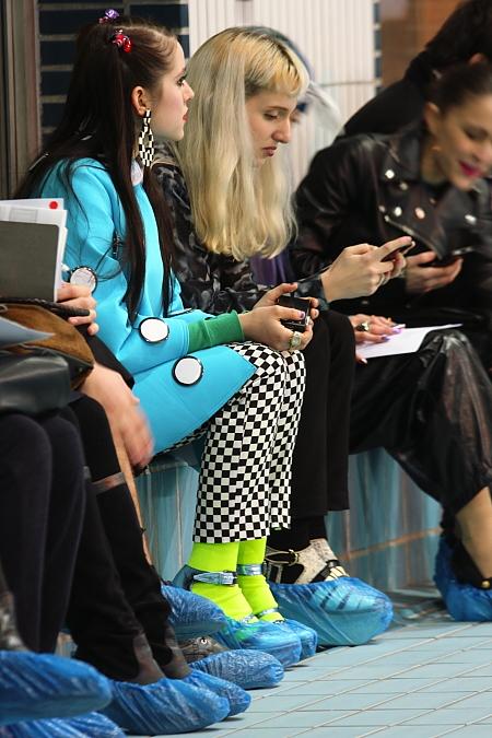 Modepilot-Jacquemus-Front-Row-barbara Markert-Paris-Fashionweek-Schwimmbag