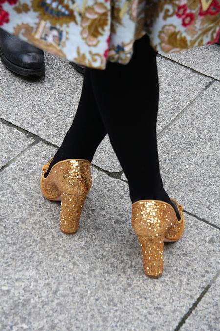 Modepilot-Streetstyle-Paris-Fashionweek-Blumenkleid-barbara Markert-Fashion-Blog