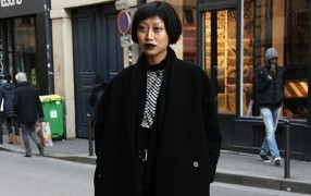Streetstyle: dunkelrote Lippen