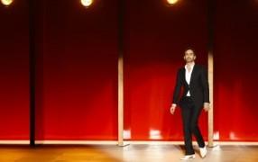 Marc Jacobs zieht sich für Diet Coke aus