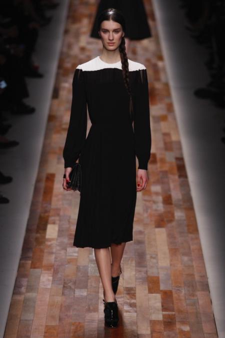 Modepilot-Trend-Analyse-Paris-Fashionweek-wadenlange-Röcke-Mode-Blog