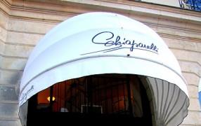 Lacroix designed nur Capsule für Schiaparelli