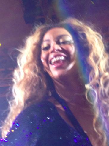 Beyoncé ganz nah Modepilot Bey-Stage