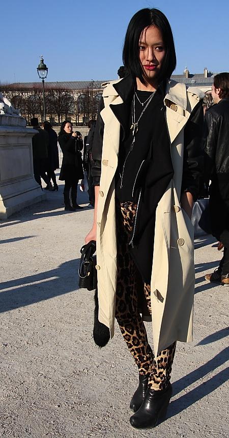 Modepilot-Streetstyle-Trenchcoat-Asiatin-Fashionweek-paris-Mode-Blog