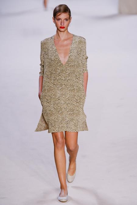 Modepilot-Trend-Sommerkleid-Sommer-langärmelig-Fashionweek-Paris-Mode-Blog-Akris
