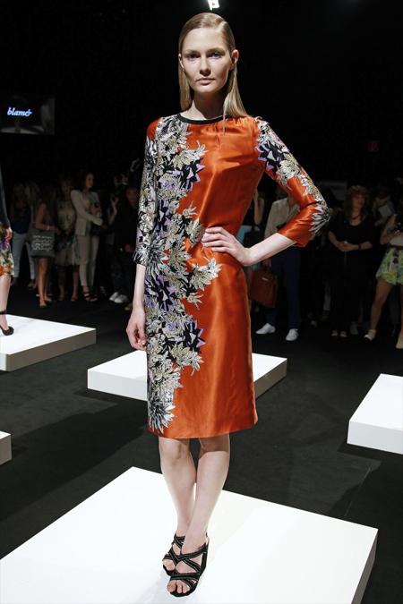 Modepilot-Trend-Sommerkleid-Sommer-langärmelig-Fashionweek-Paris-Mode-Blog-Blame
