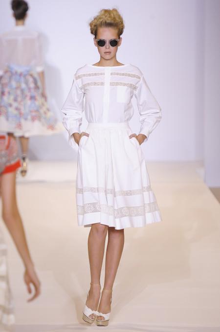 Modepilot-Trend-Sommerkleid-Sommer-langärmelig-Fashionweek-Paris-Mode-Blog-Temperley London