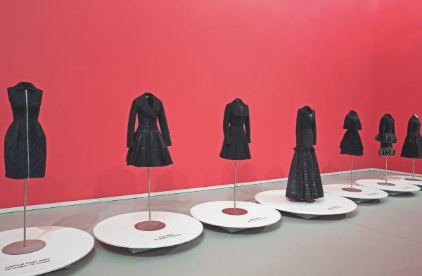 Alaïa-Ausstellung in Düsseldorf