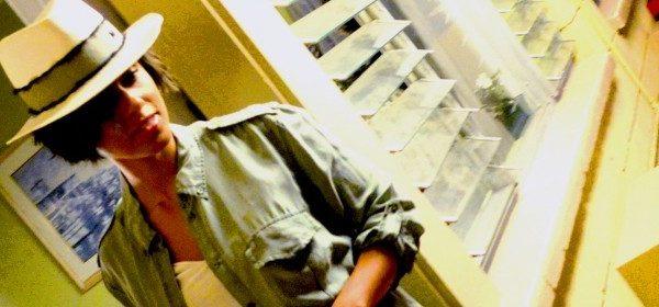 Taschen-(Under-)Statement von Alicia Keys