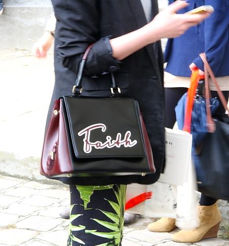 Modepilot-Taschen mit Spruch-Jil Sander-Mode-Blog