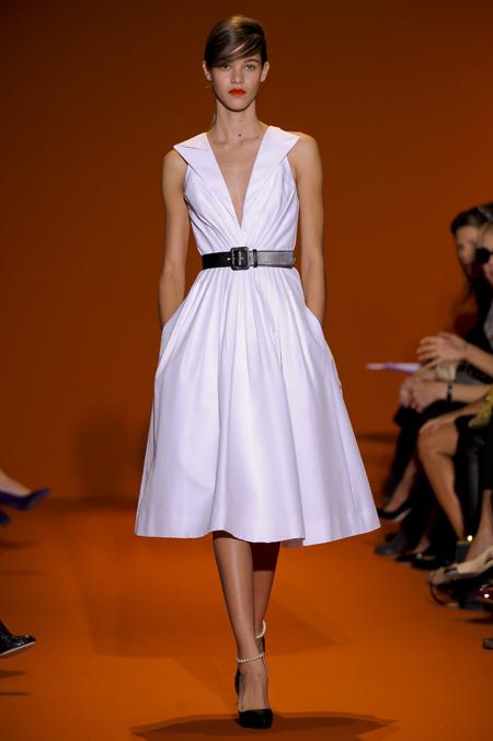 Modepilot-Trend-Kleider-weitschwingend-50er-Fashionweek-Paris-Mode-Blog-Andrew GN