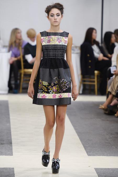 Modepilot-Trend-Kleider-weitschwingend-50er-Fashionweek-Paris-Mode-Blog-Antonio Marras