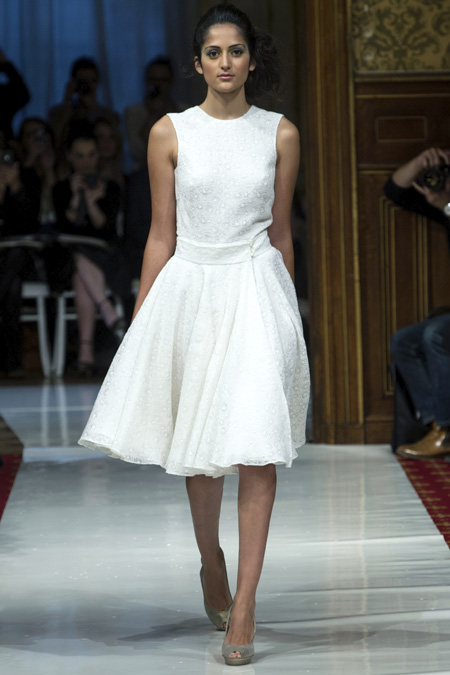Modepilot-Trend-Kleider-weitschwingend-50er-Fashionweek-Paris-Mode-Blog-Claudine Ivari