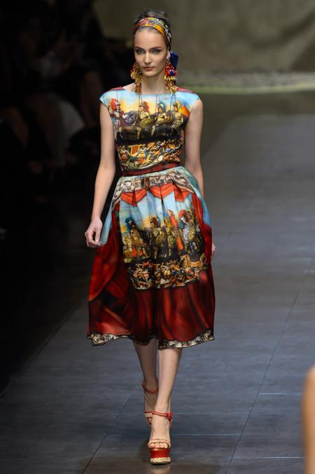 Modepilot-Trend-Kleider-weitschwingend-50er-Fashionweek-Paris-Mode-Blog-Dolce & Gabbana