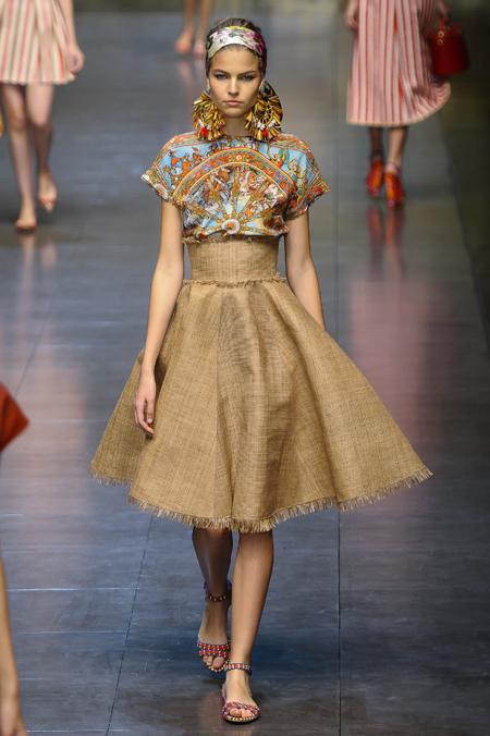 Modepilot-Trend-Röcke-weitschwingend-50er-Fashionweek-Paris-Mode-Blog-Dolce&Gabbana