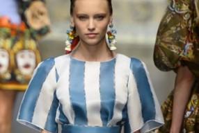 Modepilot-Trend-Kleider-weitschwingend-50er-Fashionweek-Paris-Mode-Blog-Dolce&Gabbana