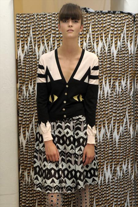 Modepilot-Trend-Röcke-weitschwingend-50er-Fashionweek-Paris-Mode-Blog-Eley Kishimoto