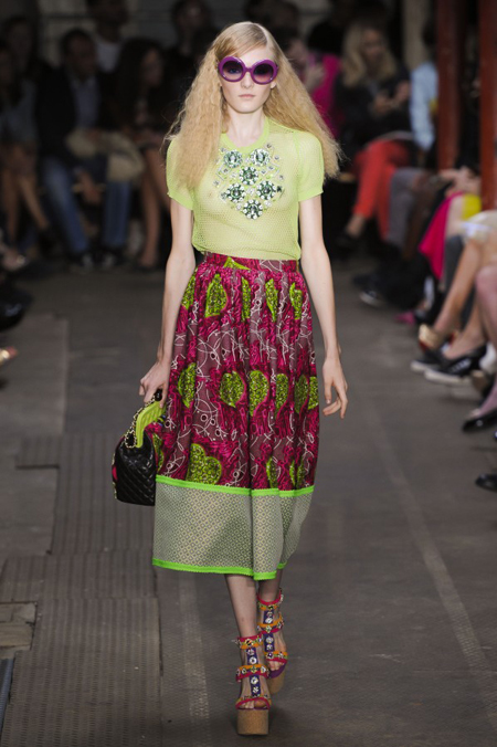 Modepilot-Trend-Röcke-weitschwingend-50er-Fashionweek-Paris-Mode-Blog-Moschino