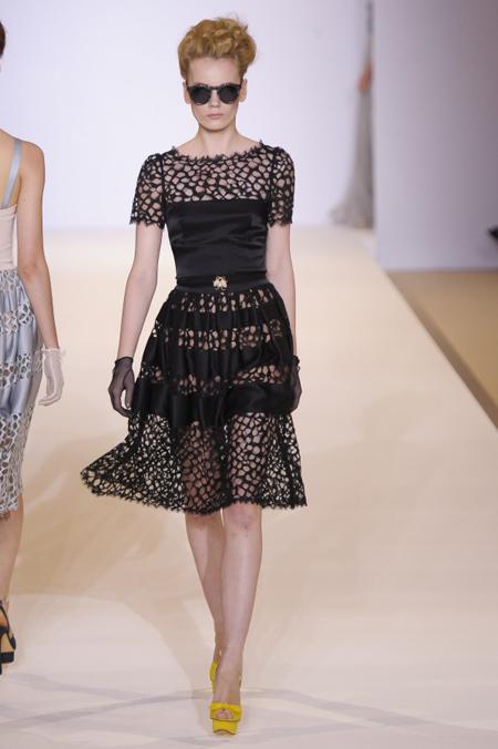 Modepilot-Trend-Kleider-weitschwingend-50er-Fashionweek-Paris-Mode-Blog-Temperley London