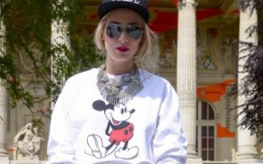 Modeoilot-chanel-Streetstyke-Mickey-Sweater-Mode-Blog