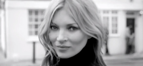 Kate Moss walked in Weitzman-Boots