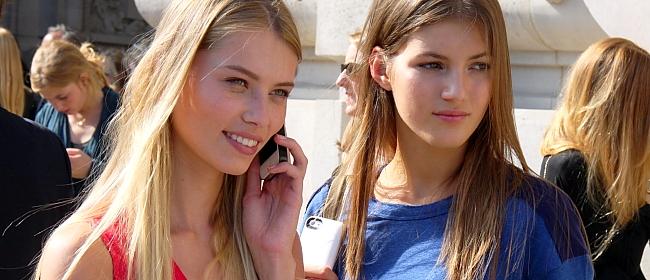 Modepilot-Models-Guy Laroche-Vika Falileeva-Manuela Frey-Streetstyle-Barbara Markert