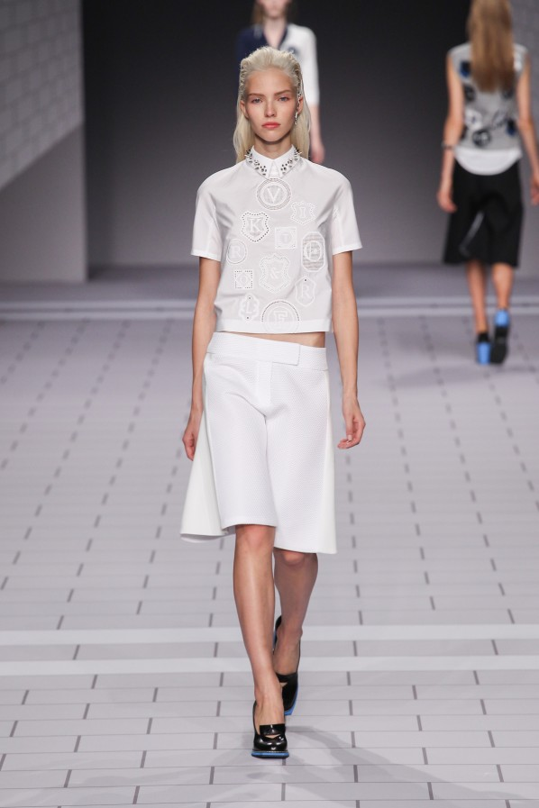 viktor_and_rolf_ss14_0149