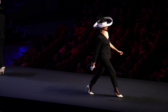 Gaultier-SS 2015-Miss-Election-Modepilot