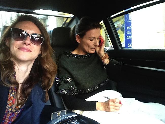 Limo Service-Modepilot-Kathrin und Barbara