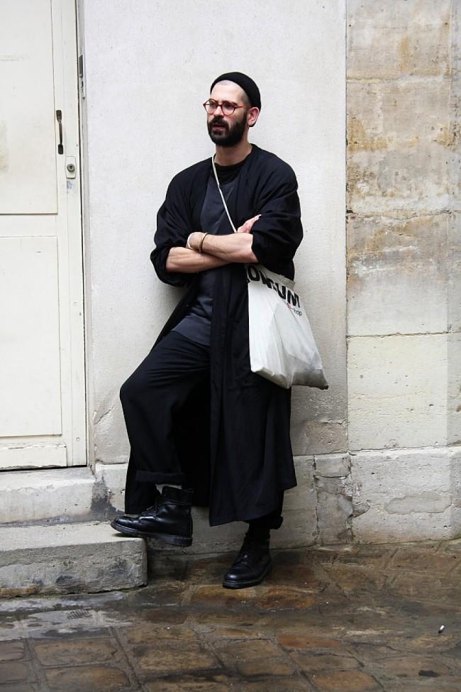Streetstyle-Menswear-Langer-Mantel-Sommer-900x1350