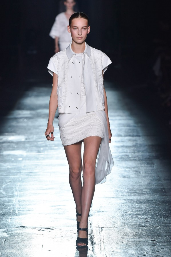 Modepilot-Summer 2015-NY-white-Tops-h