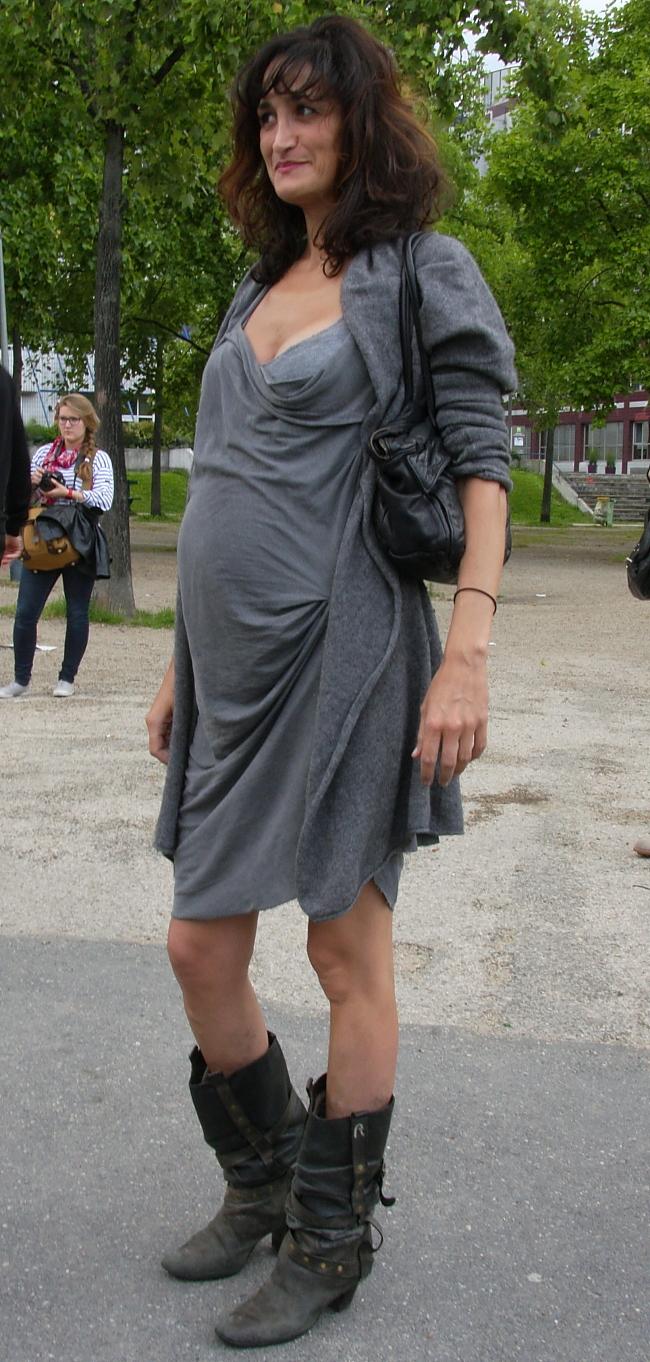 Streetstyle-pregnant-Modepilot-Fashion